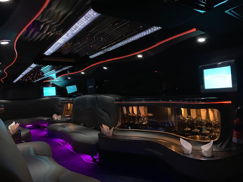 Book a SUV Limousine for Your Next Party or Event